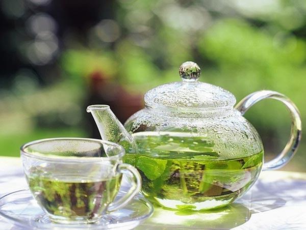 Зеленый чай снижает риск рака толстой кишки, гортани и желудка