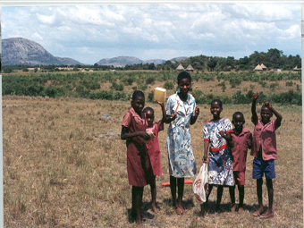 Фекальные образцы указали на сходство микрофлоры древних людей и детей в африканских селах