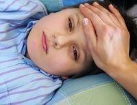 Если в организме появились глисты, у ребенка могут начаться головные боли и бессонница