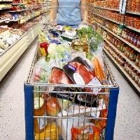 По мнению медиков, ходить в магазин на голодный желудок вредно для здоровья