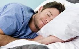 Сон на левом боку может избавить вас от изжоги
