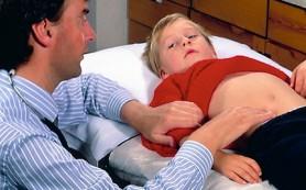 Детская боль в желудке приводит к проблемам во взрослой жизни