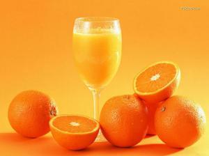 Апельсиновый сок признали опасным для здоровья