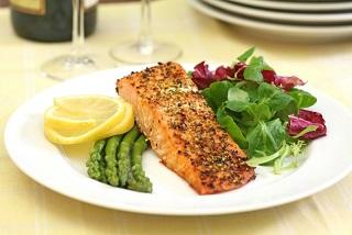 Маложирная диета не полезнее низкоуглеводной