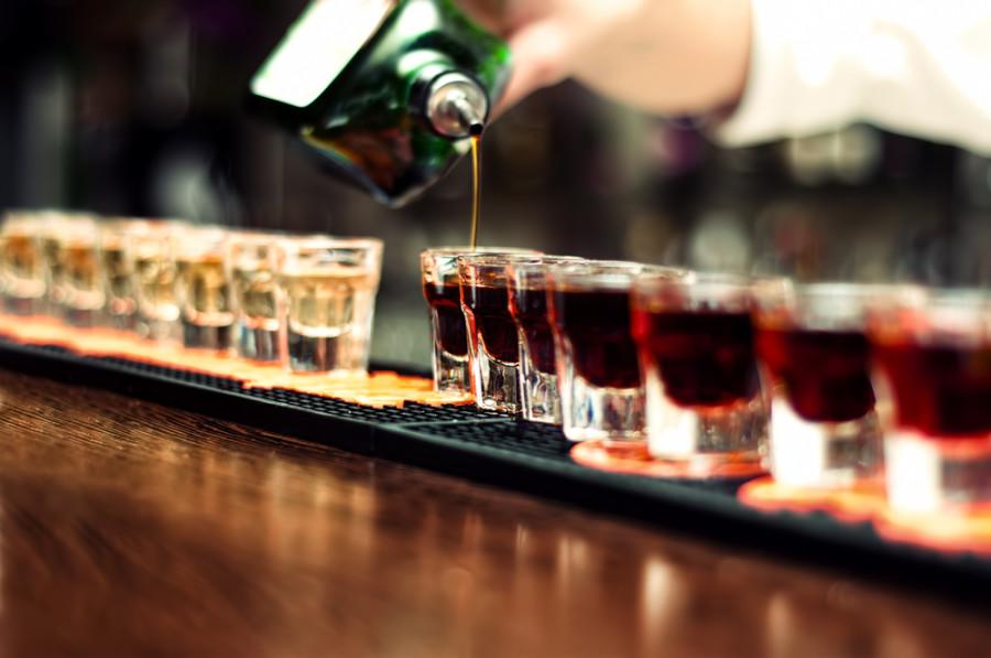 Алкоголь помогает бактериям проникать в кровь – ученые