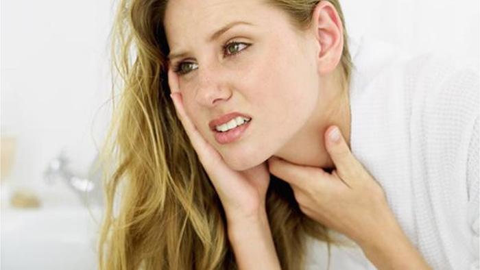Лечение болезней горла ромашкой