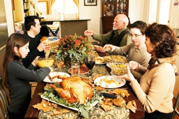 Как нормализовать пищеварение после праздников