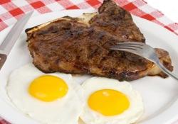 Ученые предупреждают о потенциальной опасности популярных белковых диет