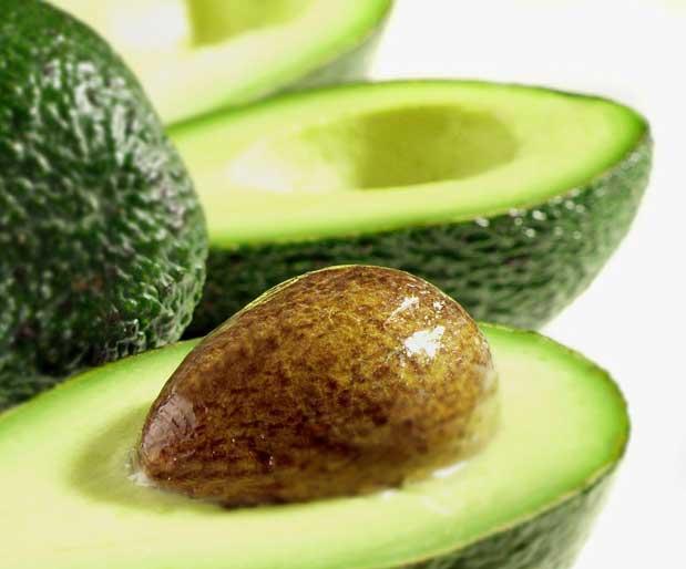Авокадо защищает от гастрита