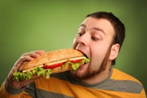 Для людей с ожирением еда подобна наркотику – ученые
