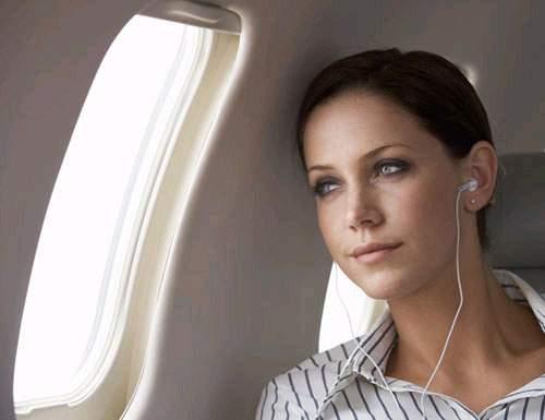 Как избавиться от тошноты во время полёта в самолёте