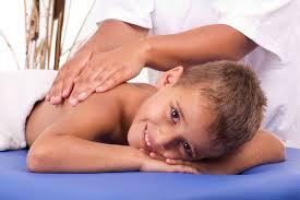 Эффективный массаж спины при сколиозе