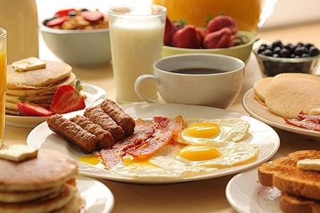 Полноценный завтрак для усиления обмена веществ