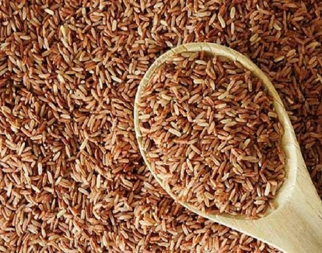 Коричневый рис полезнее белого