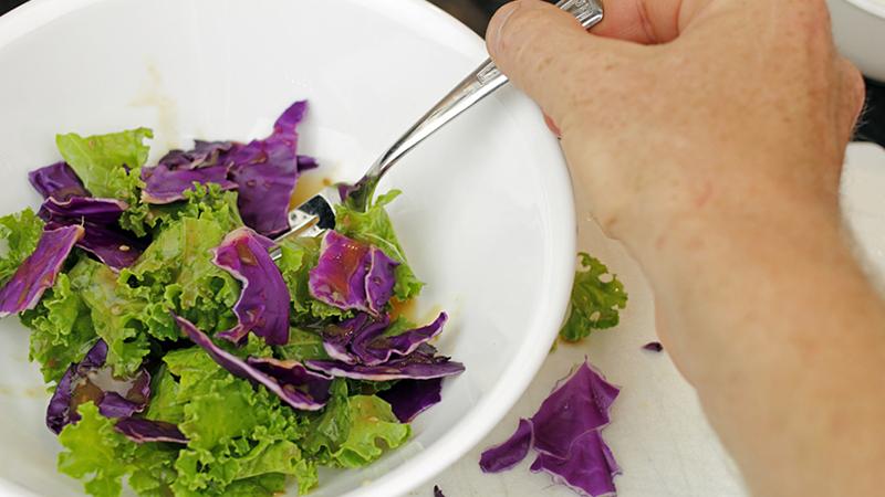 Ключ к здоровью нашли в шпинате и салатных листьях