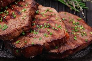 Исследователи: отказ от мяса – одни из причин язвы желудка