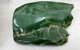 Нефрит – камень, творящий чудеса
