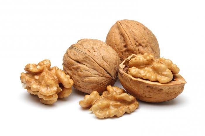 Исследование: грецкие орехи могут замедлить рост рака толстой кишки