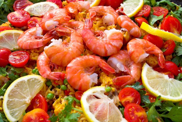 От рака толстой кишки защитят морепродукты