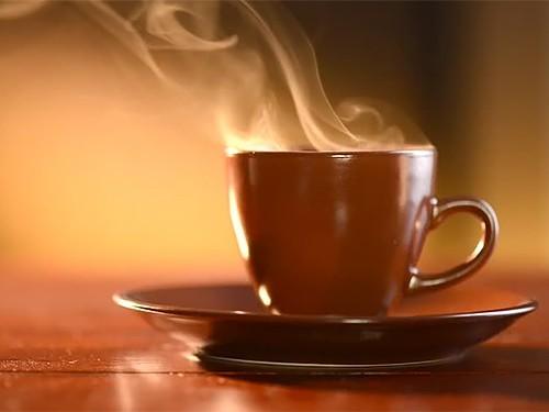 Слишком горячие напитки могут стать причиной рака пищевода