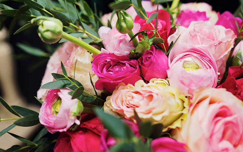Поводы для букета цветов в подарок