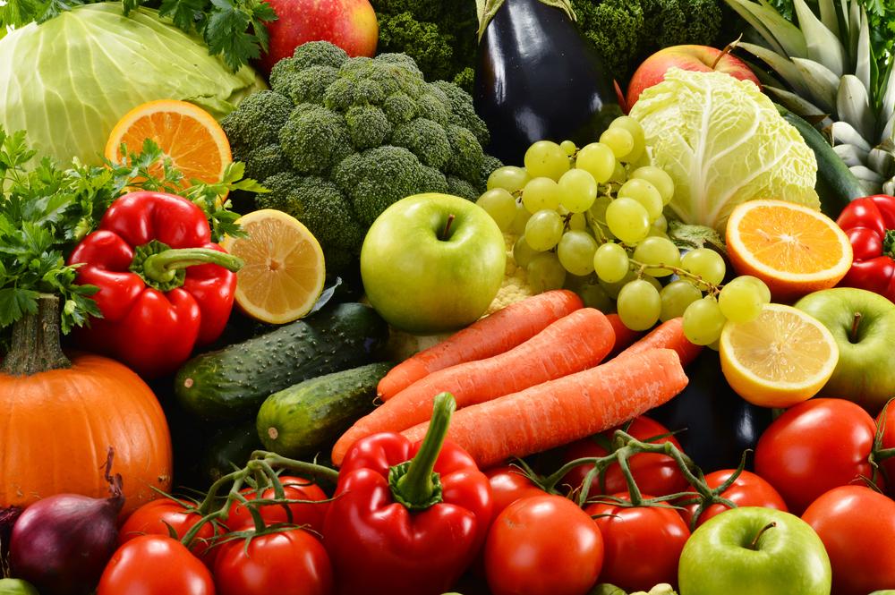 Фрукты и овощи зимой: польза или вред
