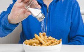 Соль может спровоцировать рак желудка