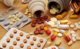 При с сопутствующая медикаментозная терапия препаратами группы ИПН связана со снижением риска кровотечения из верхних отделов желудочно-кишечного тракта