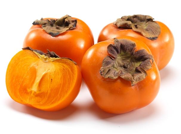 Зимний кладезь витаминов: 10 фактов о хурме