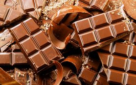 Шоколад, вино и острая пища не приводят к изжоге