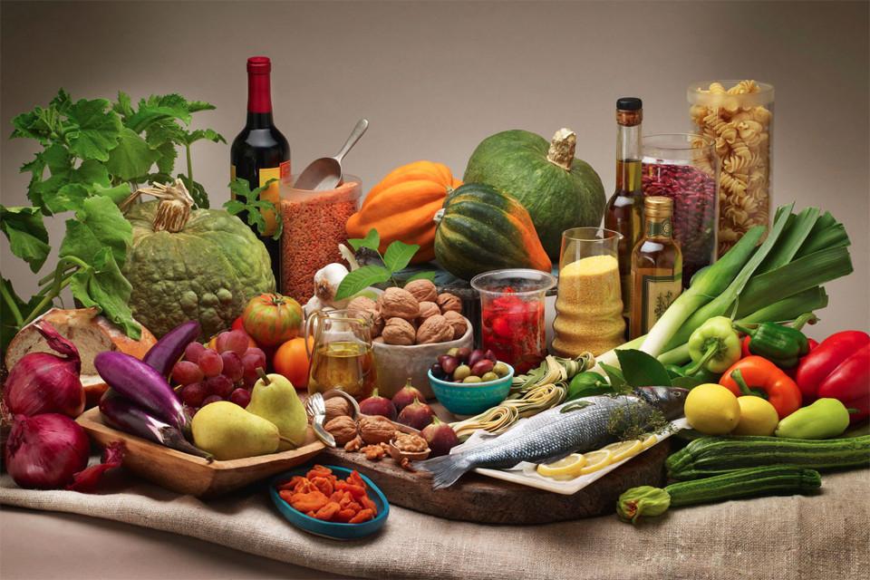 Средиземноморская диета снижает вес и защищает от рака груди