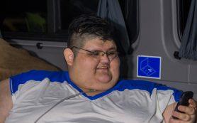 Самый толстый человек в мире готовится к операции на желудке