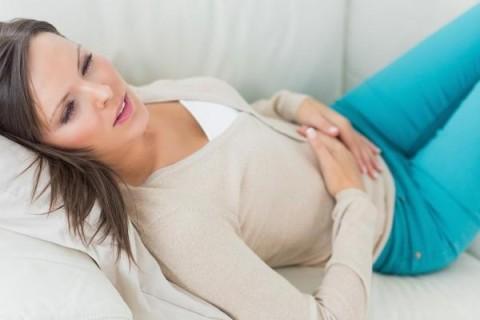 Топ-6 трав, помогающих избавиться от болей в желудке