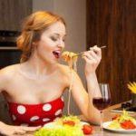 Справиться с перееданием помогут эти продукты