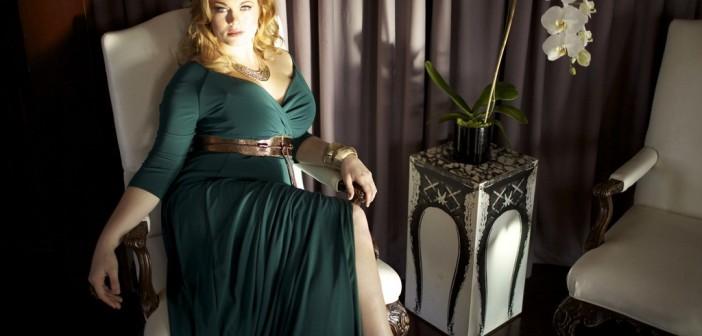 Пышная красота: как правильно подобрать платье на полную фигуру