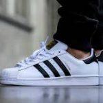 Как правильно носить Adidas Superstar