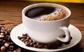 Кофе, выпитый натощак, вызывает множество проблем с ЖКТ