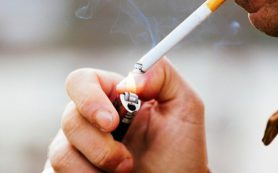 Курение сигарет может вызвать воспалительное заболевание кишечника