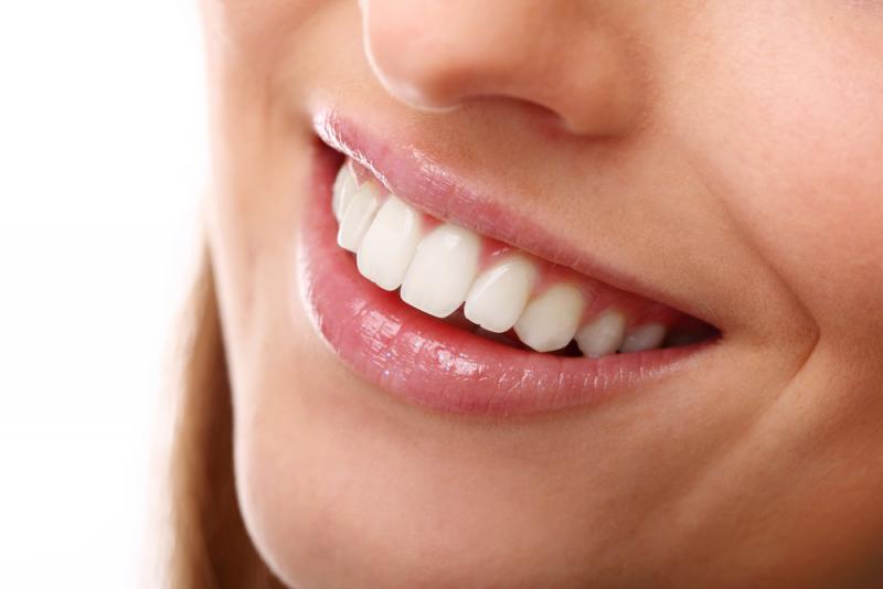 Особенности эстетической реставрации зубов