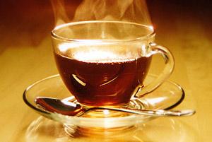 При нерациональном питании особенно полезно пить черный чай