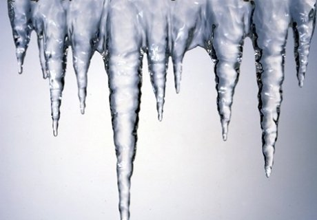 Лечение геморроя ледяными свечками