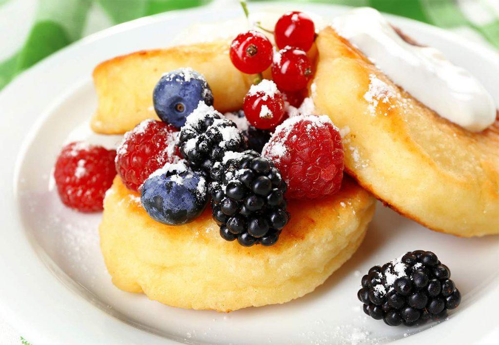 Диетологи назвали продукты, которые лучше не есть по утрам