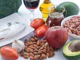 5 категорий полезных продуктов, которые опасно есть натощак