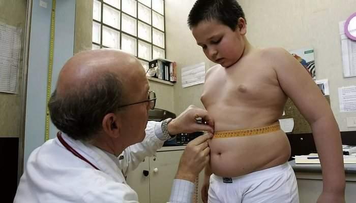 Медики рассказали, как время года влияет на риск ожирения