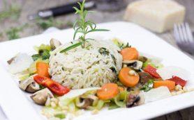Медики объяснили, почему необходимо регулярно есть рис