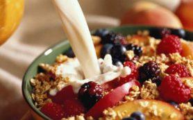 Вредный завтрак: названы продукты, «убивающие» желудок