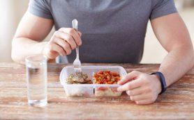 Названы привычки, которые «убивают» желудок