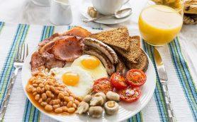Отказ от завтрака не поможет похудеть