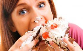 Такое опасное переедание: причины, признаки и последствия