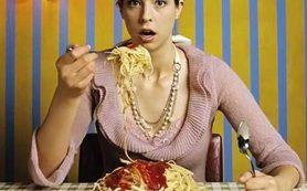 Врач-гастроэнтеролог Алексей Парамонов рассказал о вредных пищевых привычках